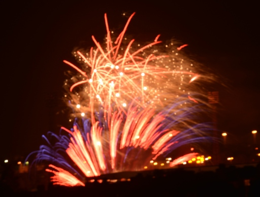 Fire Works from Arthur's Seat (taroada)