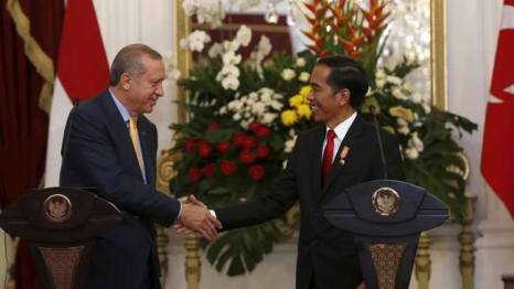 (Katanya) Erdogan Tidak Bersemangat, nampaknya dia tak tersenyum